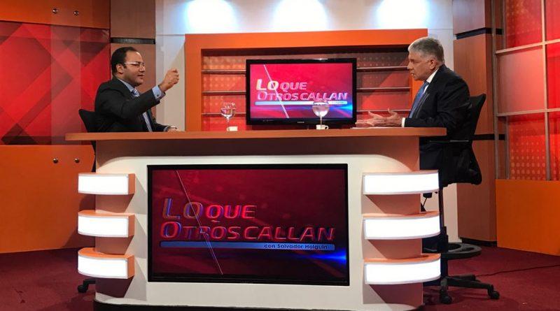"""Eduardo Estrella dice hay """"toros sagrados"""" en gobierno de Danilo Medina"""