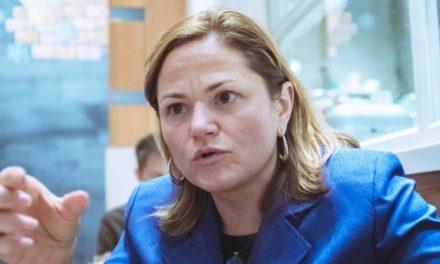 Melissa Viverito afirma que ni la Junta ni el gobernador defienden al pueblo