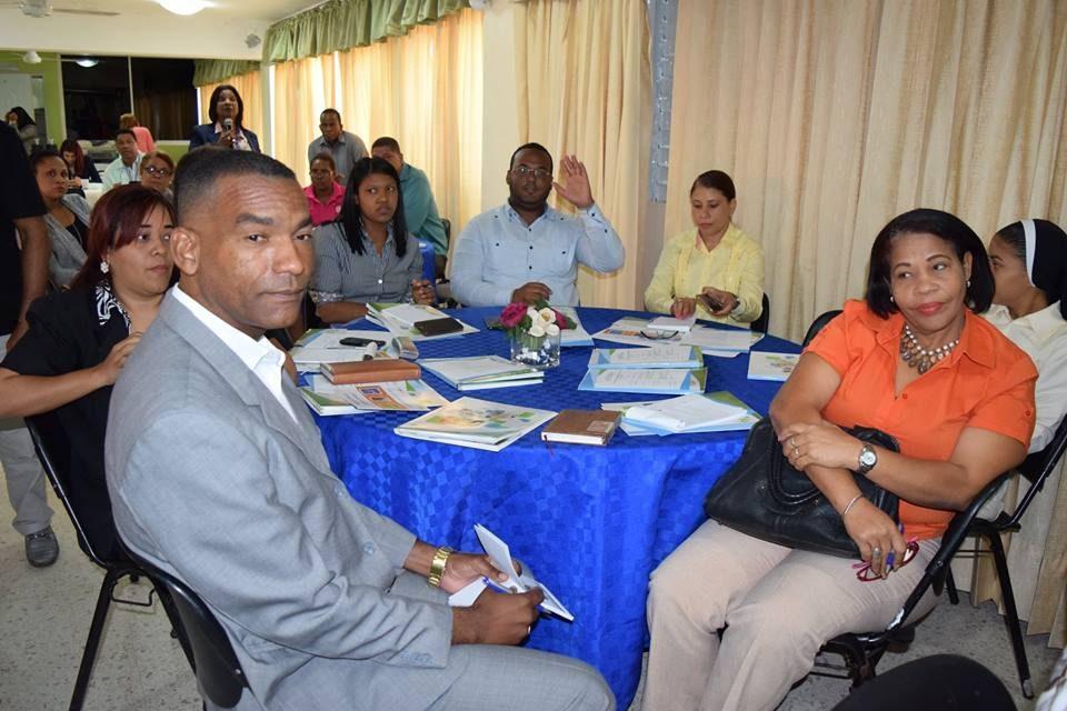 Docentes, Regional 10, participan, charla, DGII, Alcarrizos News Diario Digital