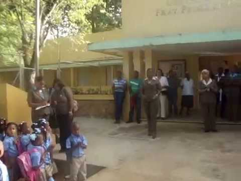 Acusan a un conserje de una escuela en Yamasá de querer abusar de niñas