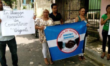 En barrio Savica II de Los Alcarrizos exigen a la CAASD que envíe agua por tuberías