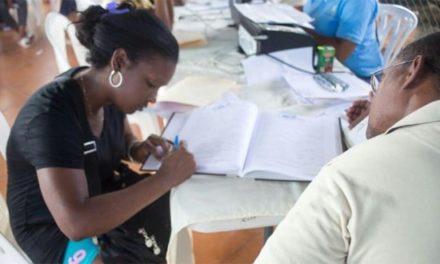 INAIPI y JCE proveen de actas de nacimiento a 150 niños de Santo Domingo y San Cristóbal