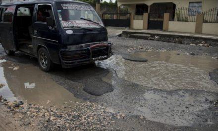 La carretera de Manoguayabo ha desaparecido por falta de mantenimiento