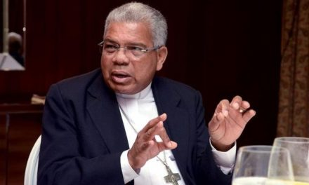 Arzobispo Ozoria dice: poderes políticos impiden combatir la corrupción