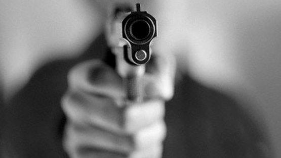 AMET fue herido por dos atracadores en la avenida John F. Kennedy y mata uno de ellos