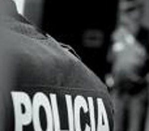 Agentes policiales apresan y golpean a jóvenes en Los Alcarrizos