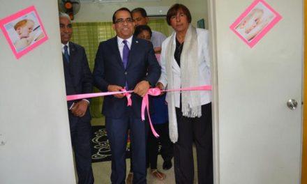 Inauguran una sala de lactancia en la estancia infantil de la UASD