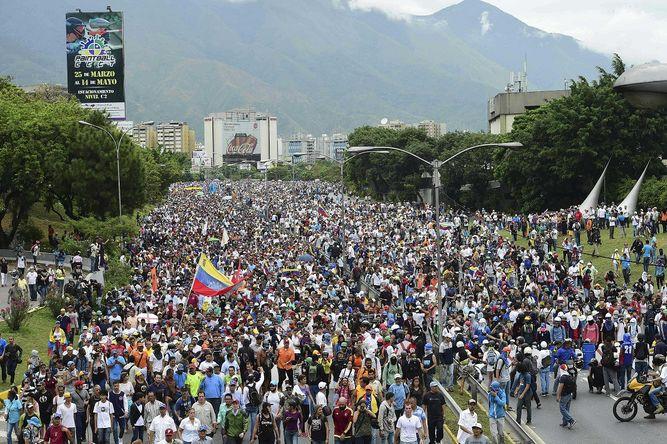 venezolanos contra constituye, Alcarrizos News Diario Digital