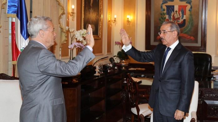 Presidente juramenta al nuevo Ministro de Industria, Comercio y Mipymes