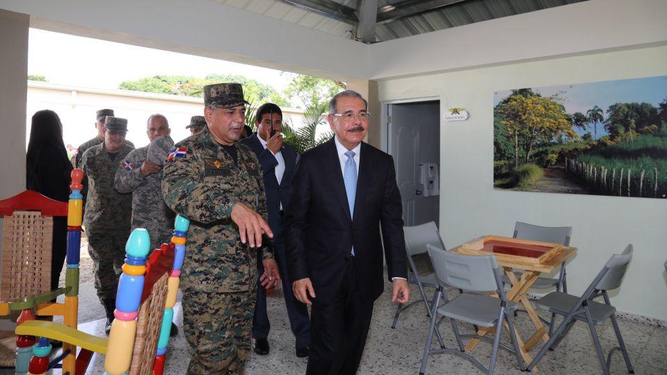 Medina propone cambio de vida, militares, Alcarrizos News Diario Digital