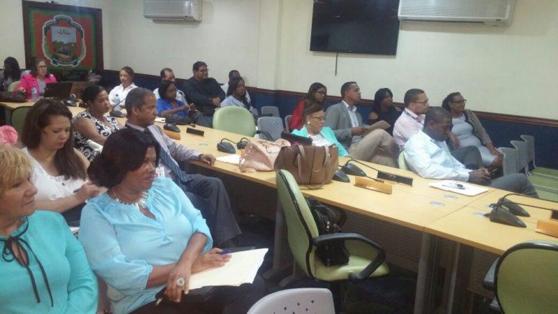 Imparten un taller de sensibilización en prevención y detección de la no violencia contra la mujer