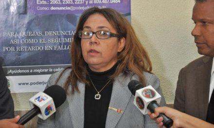 Viuda Febrillet dice que el PRM nos abandonó y ahora quiere venir a brillar con el caso