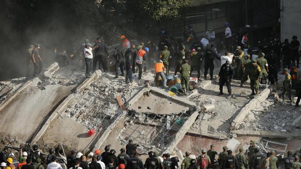 Terremoto en México de magnitud 7.1 deja un saldo de más de 215 muertos