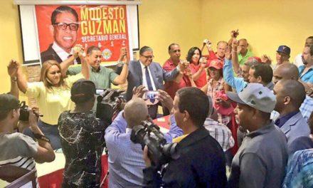 Reformistas de la Línea proclaman a Modesto Guzmán como candidato a secretaría general PRSC