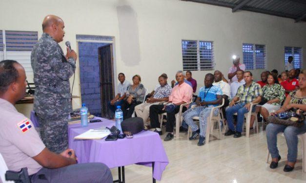 """Director Regional P.N. celebra encuentro """"Proximidad Policial"""" junto a la comunidad"""