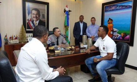 Director PN llama al pelotero Jean Segura a su despacho para conocer del maltrato recibido
