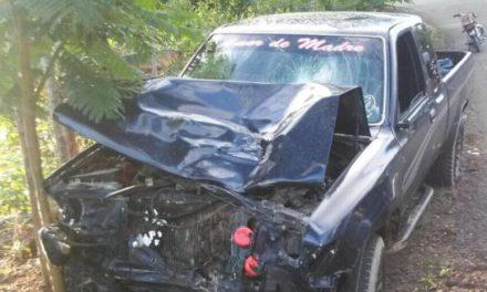 Choque en Gaspar Hernández deja saldo de tres muertos en una familia