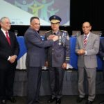 Director de Policía Nacional recibe Medalla al Mérito por su impecable carrera pública durante 27 años