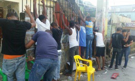 El DICAN incrementa los operativos en Los Alcarrizos y Santo Domingo Oeste; apresa decenas de personas