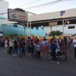 Miles de pasajeros varados en distintos puntos por paro de FENATRANO