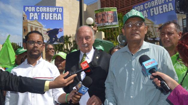 Verdes insisten en juicio político contra Medina