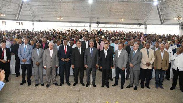 12 exjefes PN y 63 generales (R) apoyan a Leonel