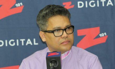 Carlos Peña afirma gobierno usa dinero del 4% educación para promover agenda LGTB