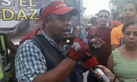 En La Ciénaga protestan incendiando neumáticos por arreglo de las calles