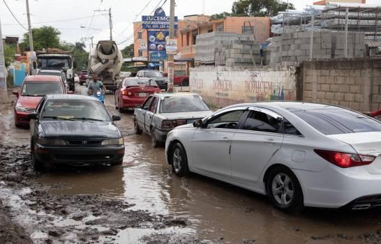 Falta de coordinación entre alcaldes impide la reparación de la carretera La Ciénaga