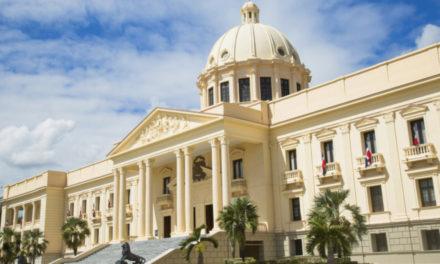 Presidente emite decreto que extiende toque de queda por 15 días más a partir del 03 de abril