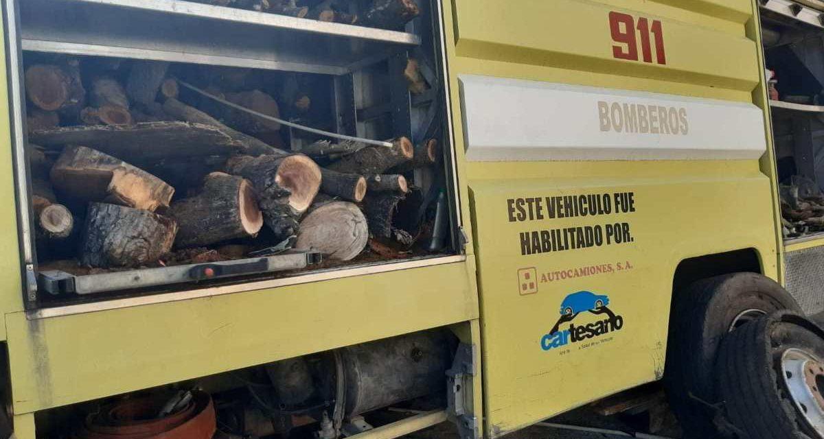 Denuncian exalcalde de Los Alcarrizos Junior Santos usaba vehículos del cuerpo de bomberos para contrabando de madera