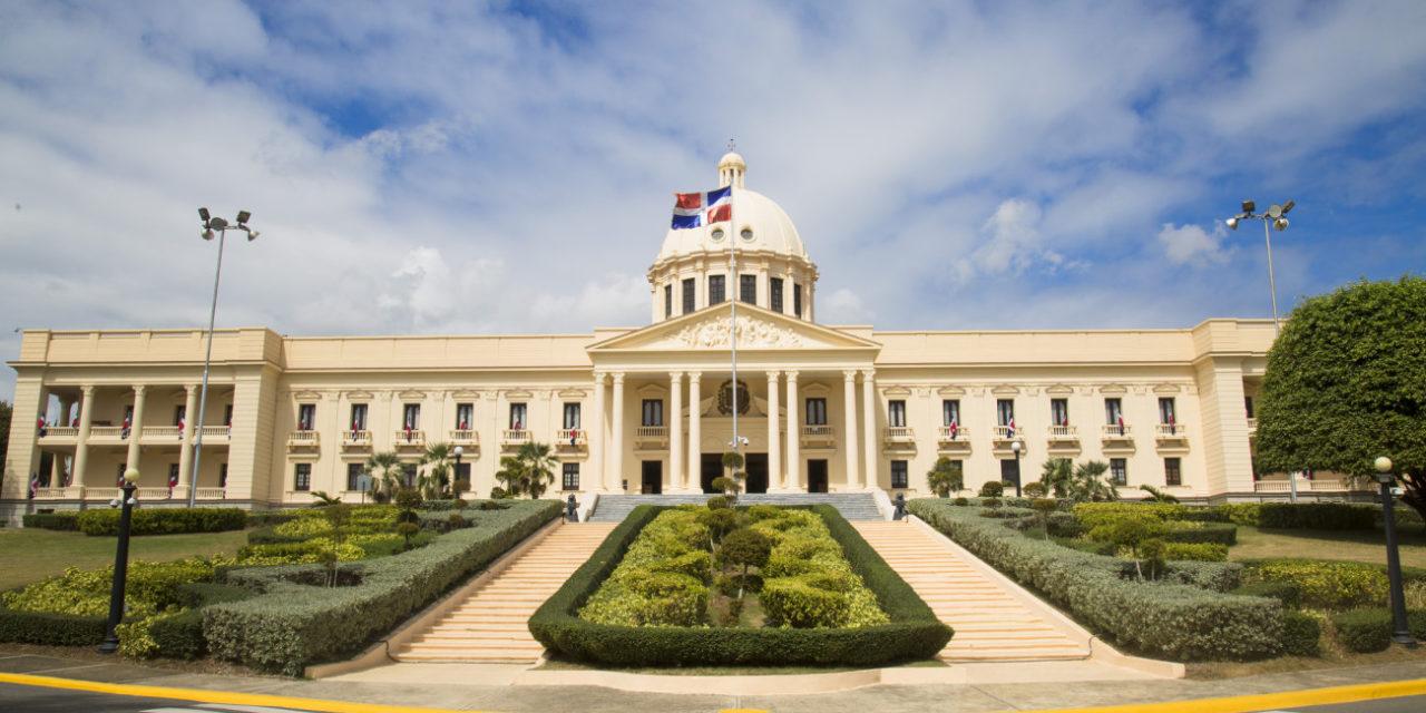 Presidente Danilo Medina designa nuevos viceministros en Relaciones Exteriores y Obras Públicas