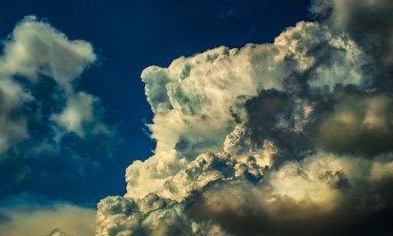 Onamet anuncia nublados con algunos aguaceros por vaguada en provincias