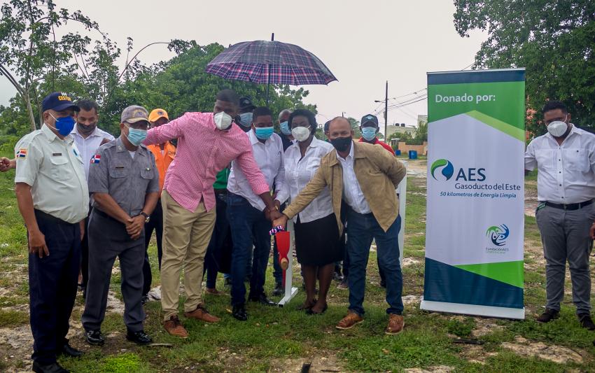 EnaDom continua programa de obras sociales en Guayacanes junto con la Alcaldía