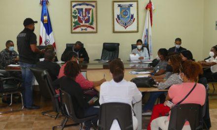 Finjus imparte taller personal alcaldía Boca Chica en seguridad ciudadanía y género