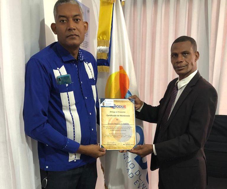 El CODUE y la Asociación Dominicana de Alguaciles formalizan alianza estratégica