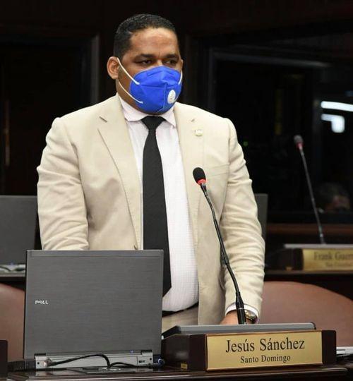 """Diputado Sandro Sánchez asegura """"jamás estaría de acuerdo con matrimonio infantil"""""""