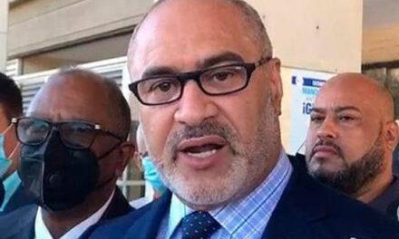Exviceministro afirma que fue destituido por denunciar mafia a lo interno de Interior y Policía