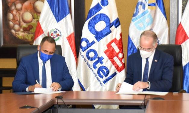 Indotel y Superintendencia de Bancos firman acuerdo para proteger a usuarios ante llamadas excesivas de cobros y servicios