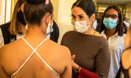 Primera dama visita Najayo Mujeres en solidaridad con las internas en la víspera de Nochebuena
