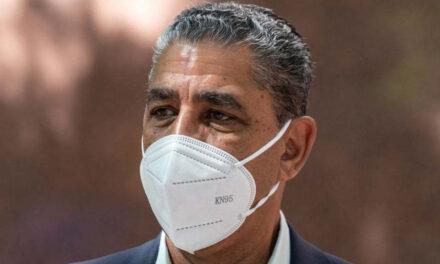 A pesar de haberse vacunado, el congresista Adriano Espaillat da positivo a prueba de COVID-19