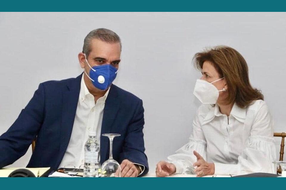 Dominicanos New York: Luis Abinader y Raquel Peña evitar tráfico de influencia vacunación