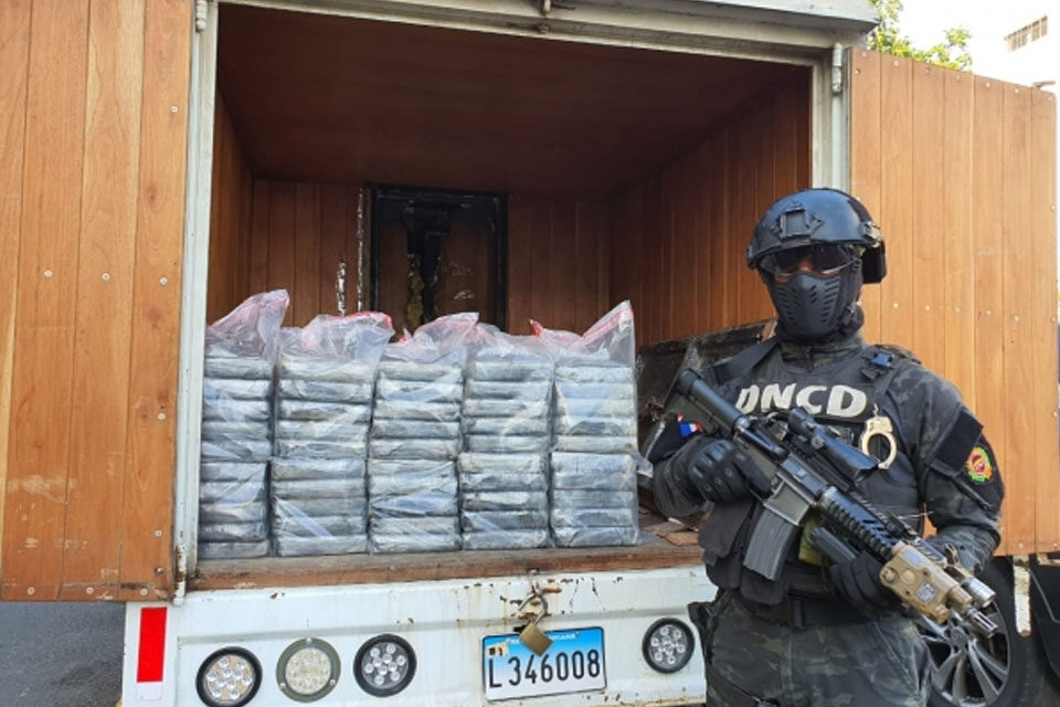 DNCD ocupa 55 paquetes presumiblemente cocaína en operativo próximo al peaje autopista Duarte