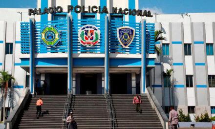 PN apresa dos hombres por presunto lavado de activos; le ocupan más de RD$8MM y 2 vehículos