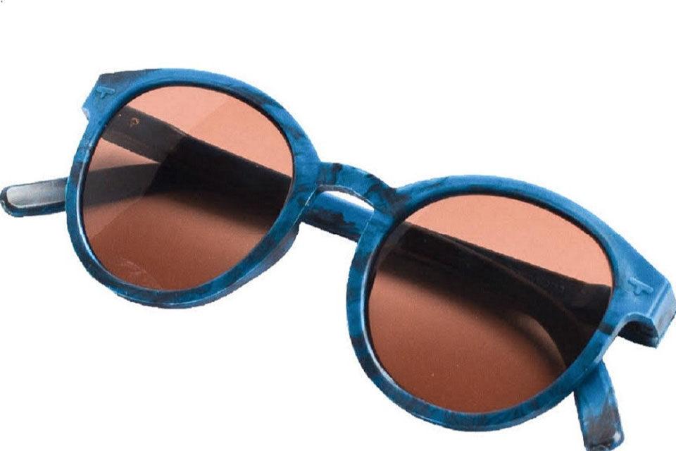 La firma de gafas Saju presenta su nuevo producto hecho con tapas de plástico