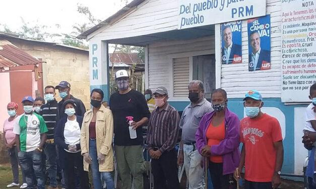 El Movimiento Político Hermanos Unidos El Carrizal hace entrega equipos de salud
