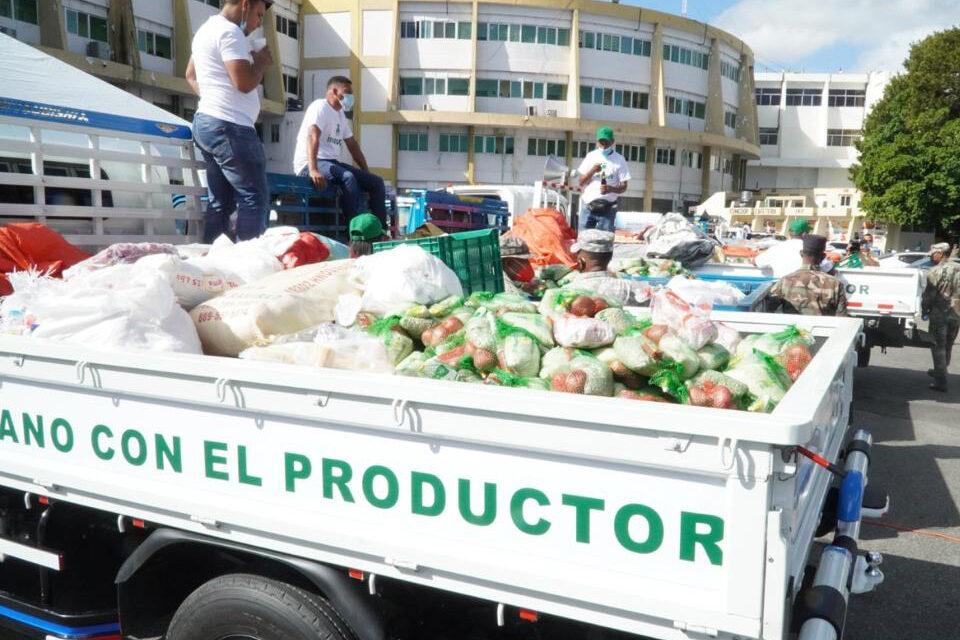 Gobierno inicia venta de pollos a 125 pesos