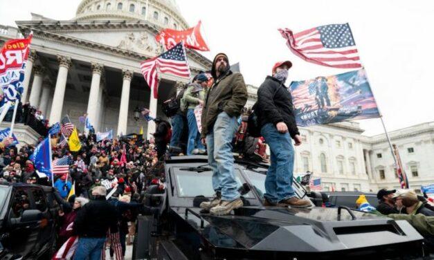 Seguidores de Trump asaltan al Capitolio en Washington, centro del poder político de EEUU