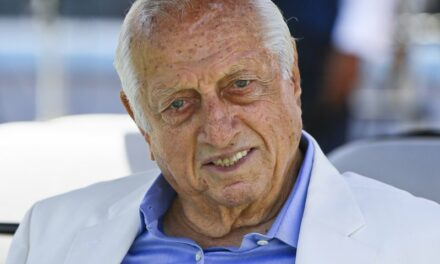 Muere Tom Lasorda, legendario entrenador de los Dodgers de Los Angeles