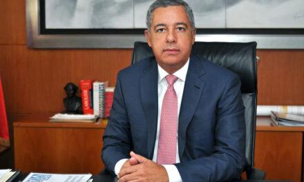 Demandan al exministro Donald Guerrero